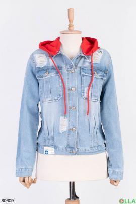 Женская голубая джинсовая куртка с капюшоном