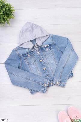 Женская синяя джинсовая куртка с капюшонм