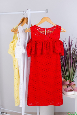 Женский красный сарафан