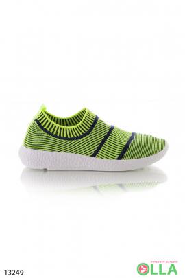 Кроссовки в полоску без шнурков