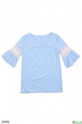 Женская блуза с широкими рукавами