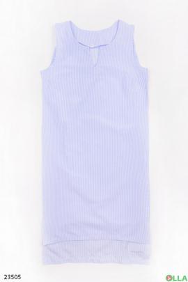Голубое платье без рукавов