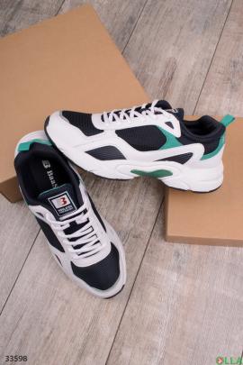 Черно-белые спортивные кроссовки