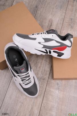 Серые с белым спортивные кроссовки