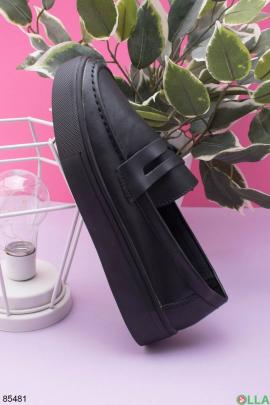 Женские черные туфли из натуральной кожи