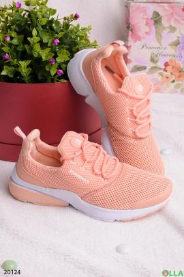 Спортивные кроссовки из текстиля