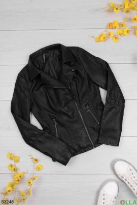 Женская черная куртка