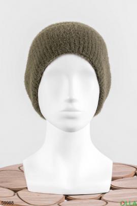 Женская шапка цвета хаки