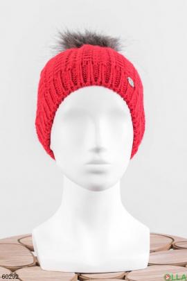 Женская красная шапка на флисе