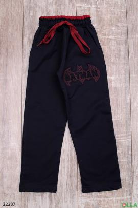Чёрные спортивные штаны