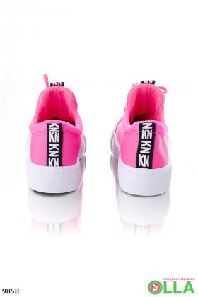 Женские розовые кеды на платформе