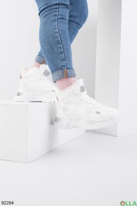 Женские зимние белые кроссовки