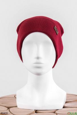 Женская бордовая шапка