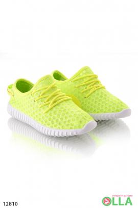 Кроссовки с сеточкой жёлтые