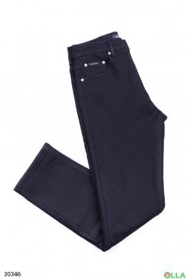 Мужские джинсы тёмно-синего цвета на флисе