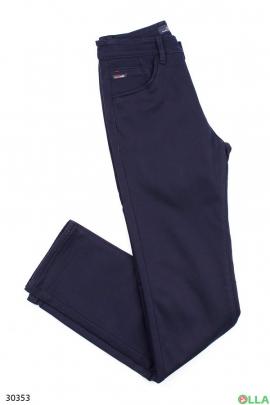 Мужские джинсы синего цвета на флисе
