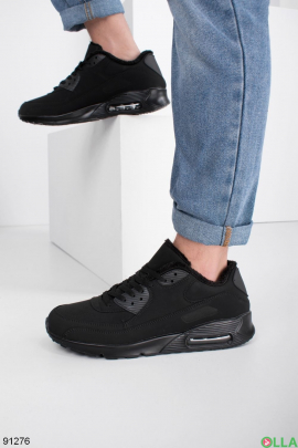 Мужские зимние черные кроссовки на шнуровке