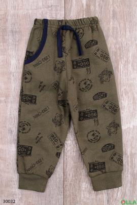 Спортивные штаны с принтом цвета хаки