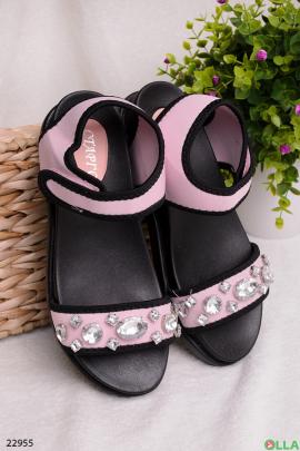 Розовые босоножки с камнями
