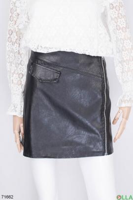 Женская черная юбка из эко-кожи
