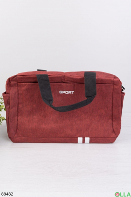 Красная спортивная сумка