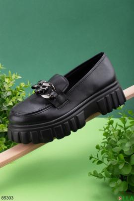 Женские черные туфли с цепью