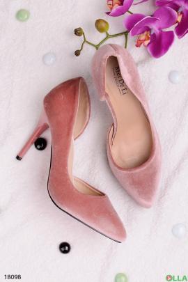 Розовые туфли на шпильке