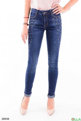 Женские джинсы с бусинами