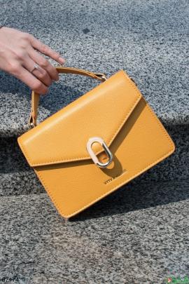 Женская желтая сумка