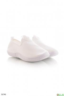 Женские кроссовки без шнурков