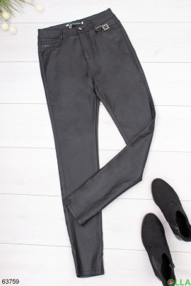 Женские брюки из экокожи без утеплителя