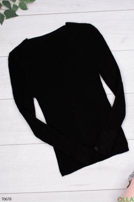 Женский черный трикотажный свитер