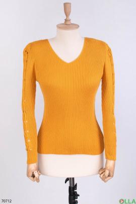 Женский оранжевый трикотажный свитер