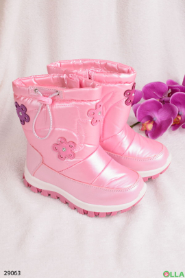 Сапоги - дутыши розового цвета