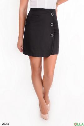 Черная  юбка с пуговицами