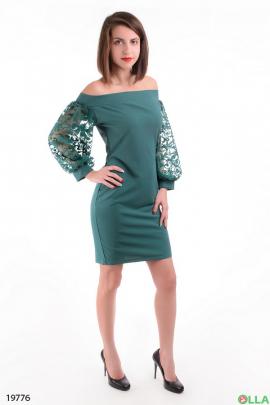 Платье с ажурными рукавами