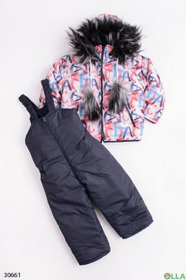 Костюм из куртки и высоких штанов