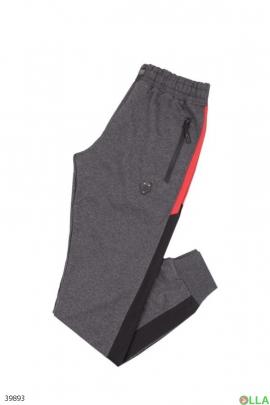 Спортивные штаны с лампасами
