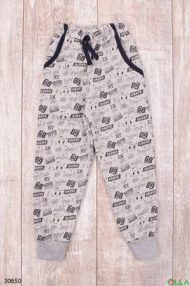Спортивные штаны с надписями