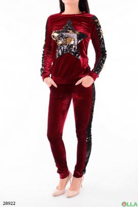 Женский костюм с рисунком из пайеток