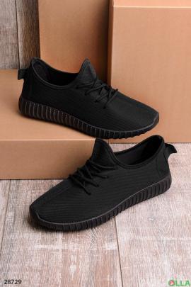 Черные кроссовки из текстиля