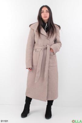 Женское бежевое зимнее пальто с поясом
