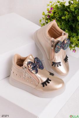 Ботинки с бантиком