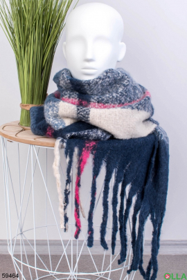 Женский шарф с бахромой
