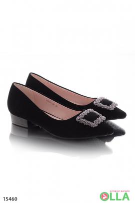 Женские   туфли  с пряжкой