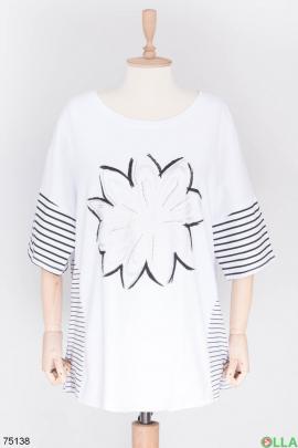 Женская белая футболка с рисунком