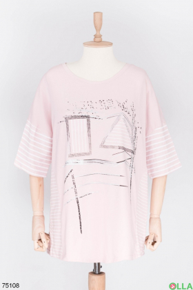 Женская розовая футболка с рисунком