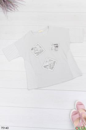 Женская серая футболка с рисунком
