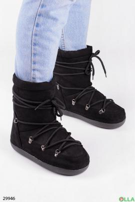 Угги чёрного цвета на шнуровке