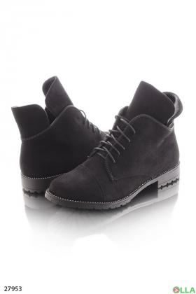 Укороченные ботинки на шнуровке
